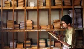 Ratusan pengarang ulamak hebat, murshid Kitab kuning yang di amalkan di nusantara semua tidak diguna pakai lagi jika anda syiah