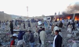 Ledakan bomb yang amat kuat memusnah kan Pasar di Quetta, minggu lepas