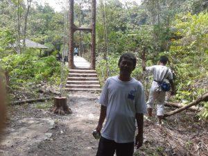 trekking bermula dari sini.