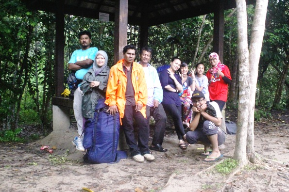 bye bye chiling, backpackers.my group