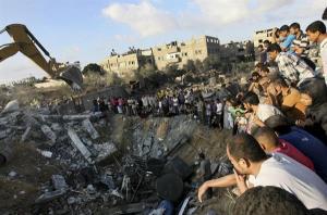 Bomb besar sengaja digunakan untuk neranapkan rumah rumah rakyat Gaza, untuk menakutkan rakyat Gaza