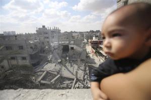 Serangan udara Israel melanda Rafah di selatan Semenanjung Gaza pada pagi tadi [Reuters] oleh AJE 04:54