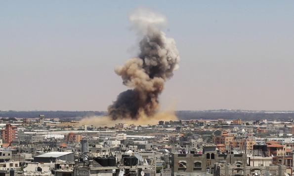 ss-140708-gaza-airstrikes-mn-01_45bbca1db30c6cd967d680c916a572b3
