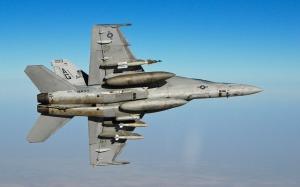 2 unit F/A-18F Super Hornet di gunakan menyerang kedudukan ISIS di utara Iraq