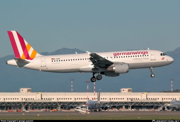 D-AIPX-Germanwings-Airbus-A320-200_PlanespottersNet_522351