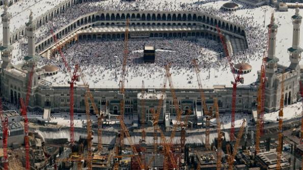 Masjid telah 95% siap