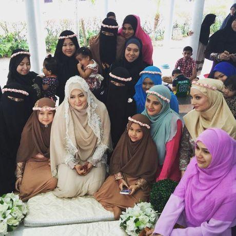 Majlis pernikahan - photo rotikaya