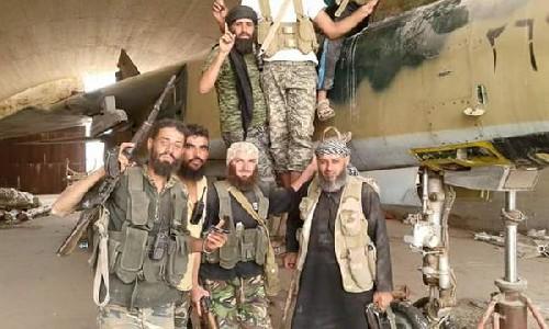 LiveLeak-dot-com-852_1441815356-Idlibairbaseseptember920153_1441815372.jpg.resized